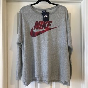 NWT XL Nike long sleeve shirt